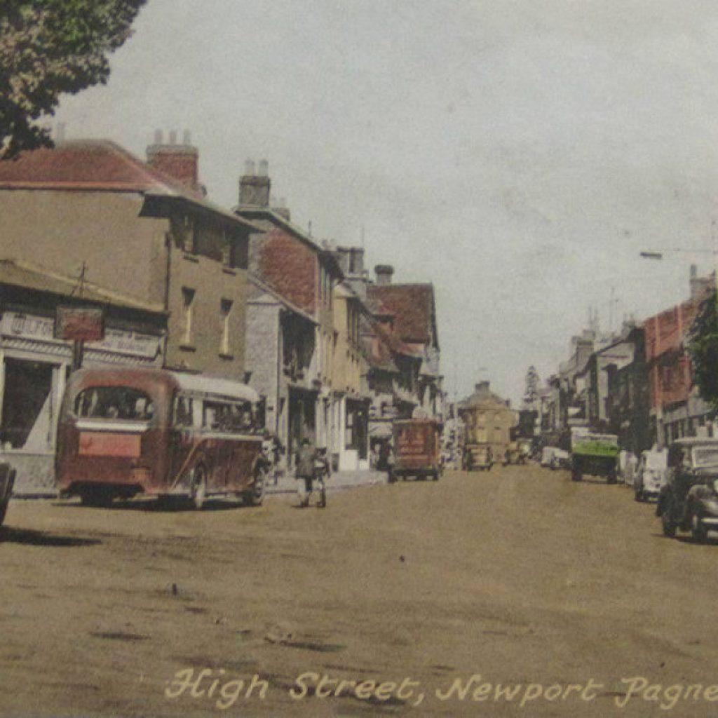 Newport Pagnell High Street - 1950